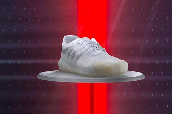 Prada et Adidas lèvent le voile sur leur nouvelle collaboration