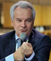 TROIS QUESTIONS A…. Michel Fontaine, président du Conseil National de l'Emballage