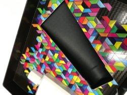 La noblesse de l'alliance du carton et de nouveaux matériaux pour des emballages recyclables