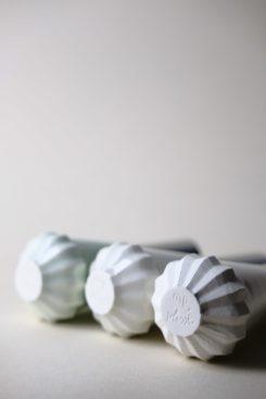 Plissé - Flacon durable en porcelaine ©Manon Picot Céramiste Designer (3)